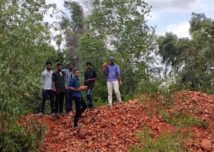 "Field Visit to ""Geologist Site Golden Bed"" at Sathyavedu, AP, on 08 Aug 2019"